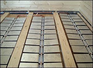 Fußboden Im Holzhaus ~ Holzhaus dämmen diese dämmstoffe kommen infrage