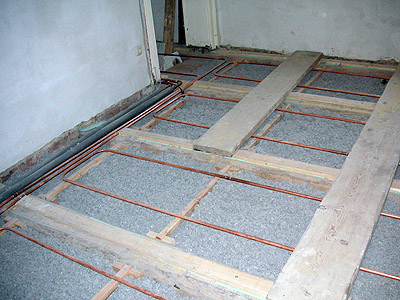 Fußboden Bad Holzbalkendecke ~ Fußbodenheizung in einer holzbalkendecke